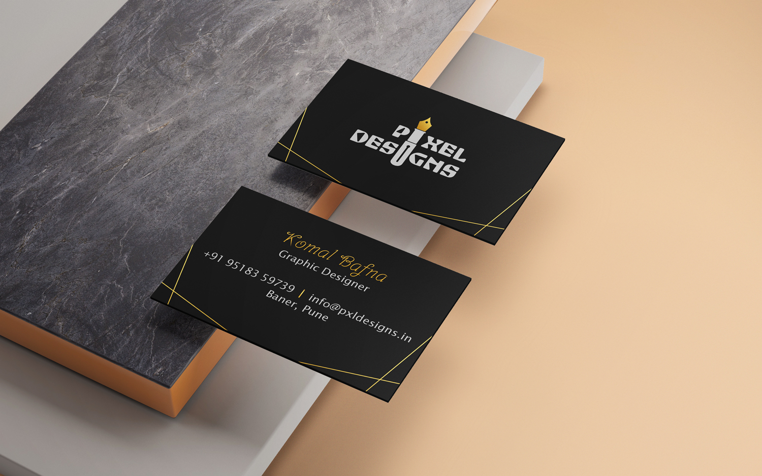 pixel-designs-gold-business-card1